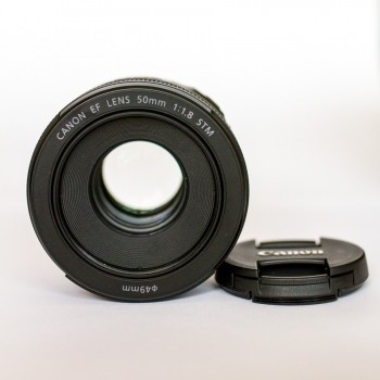 Canon EF 50mmF1.8 STM|Mới 98% ..