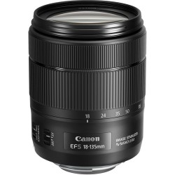 CANON EF-S 18-135mm f/3.5-5.6 ..