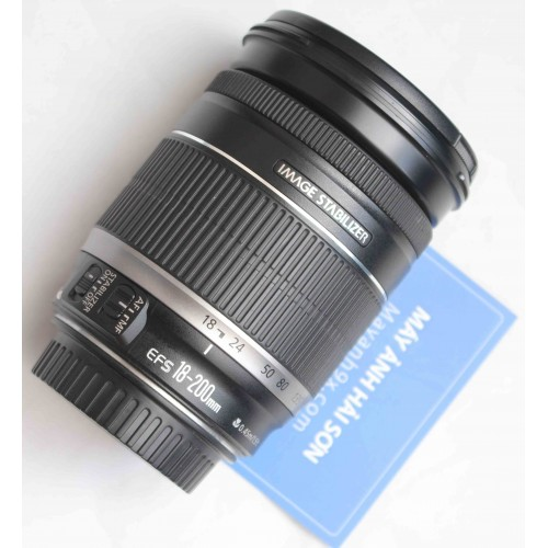 Canon EF-S 18-200mm f/3.5-5.6 IS / Mới 96%.