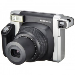 Máy chụp ảnh lấy liền Fujifilm..