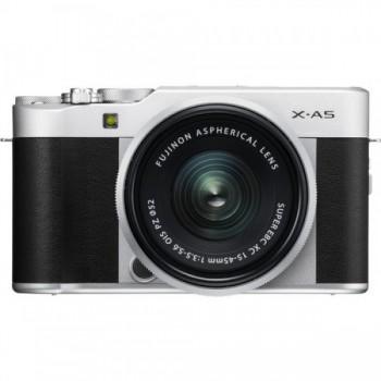 Fujifilm X-A5 + 15-45mm f/3.5-..